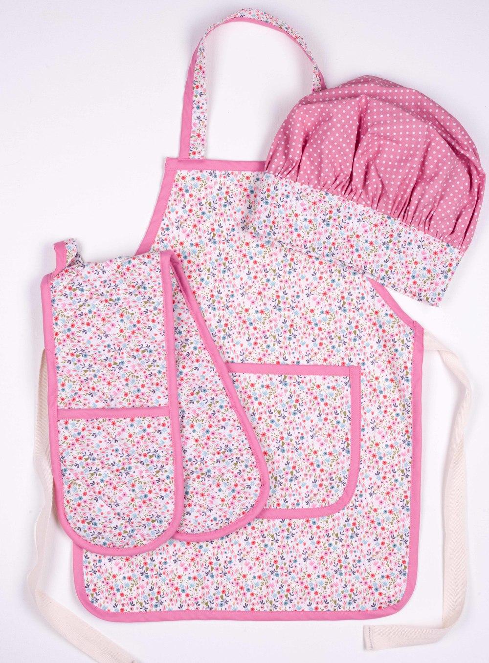 Skoo KidsKitchen Pink Floral Print Set
