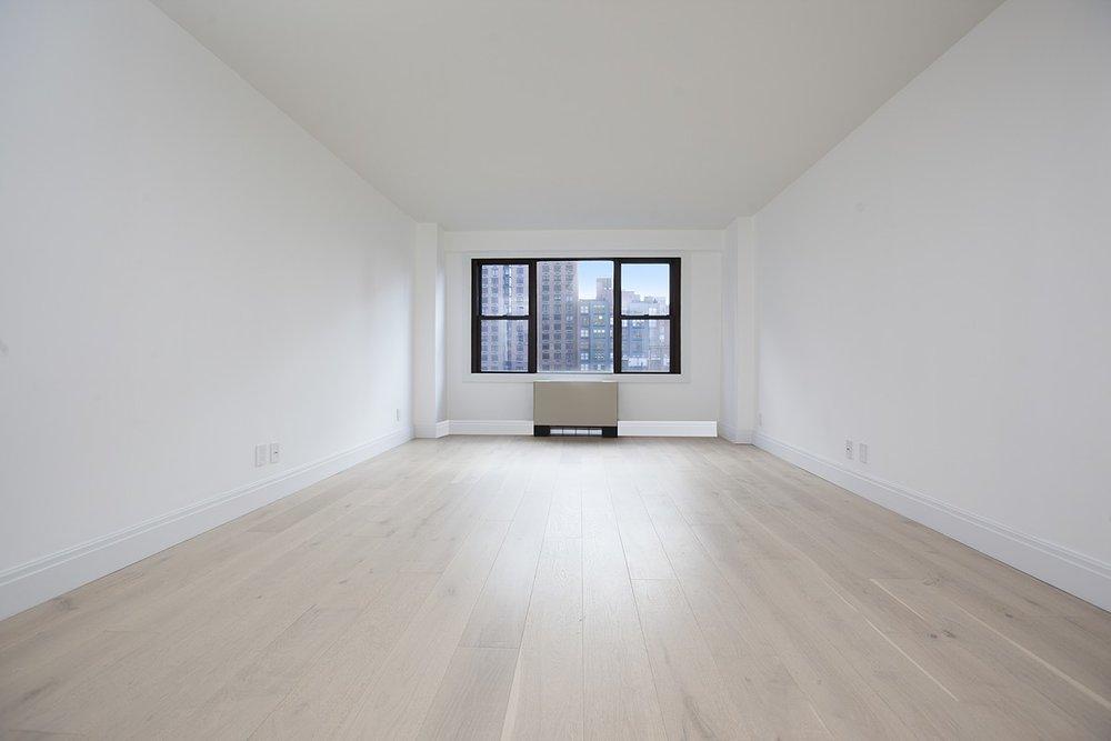 Livingston_Street_85_7E_Living_Room_.jpg