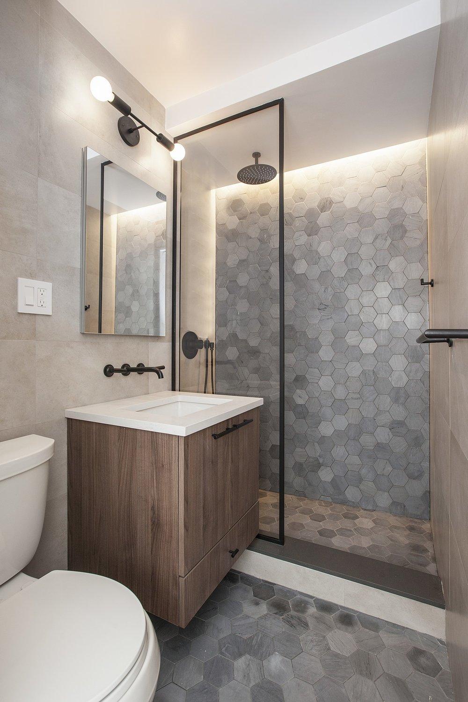 Livingston_Street_85_7E_Bathroom_.jpg