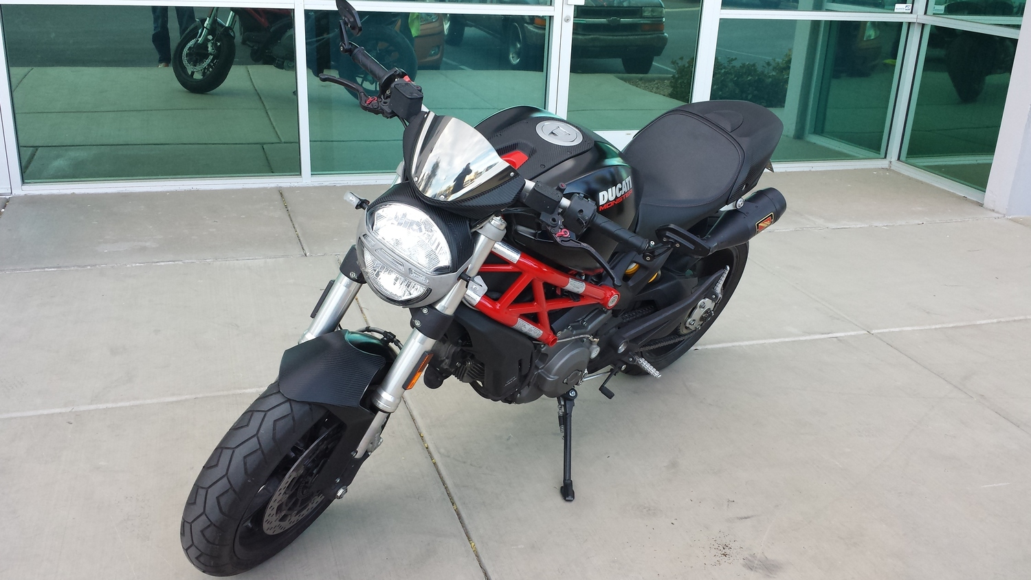 Ducati Monster Carbon And Chrome Incognito Wraps