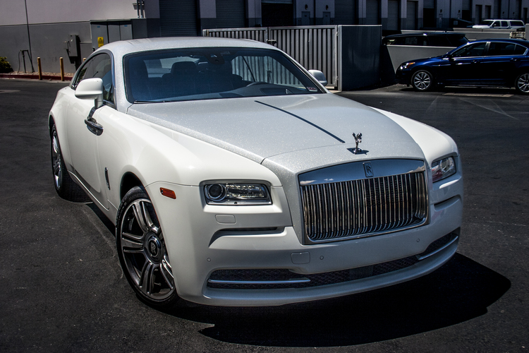 rolls royce wraith white and black. rolls royce wraith white and black b