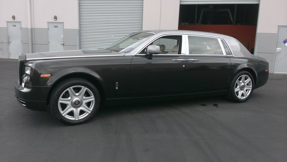 Rolls Royce Phantom Metallic Black