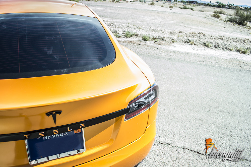 Tesla Model S Mandarin