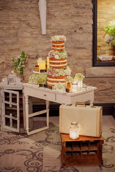 stone mill inn wedding photos niagara kj and co vintage rentals naked cake