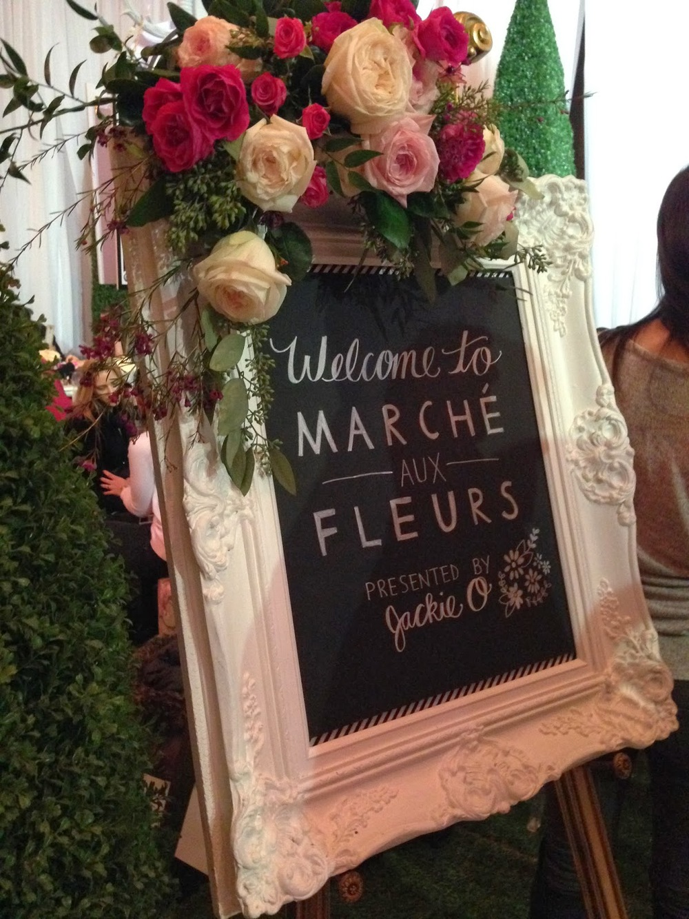chalkboard sign flower market at wed luxe show 2014