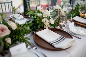 Mar 15 2017 Pearle Hospitality Weddings Burlington Wedding Planner Decor Spencers On The Waterfront Photos
