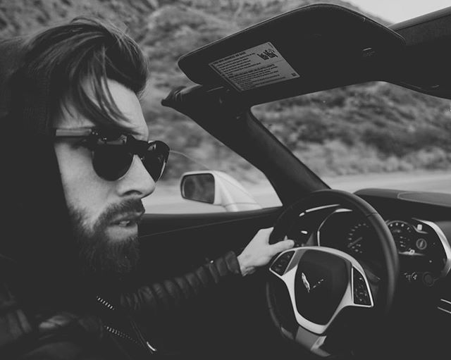 Out for a cruise in my signature shades 🕶... @madeeyewear photo by @thedrewnewman #madexlevi (link in bio)