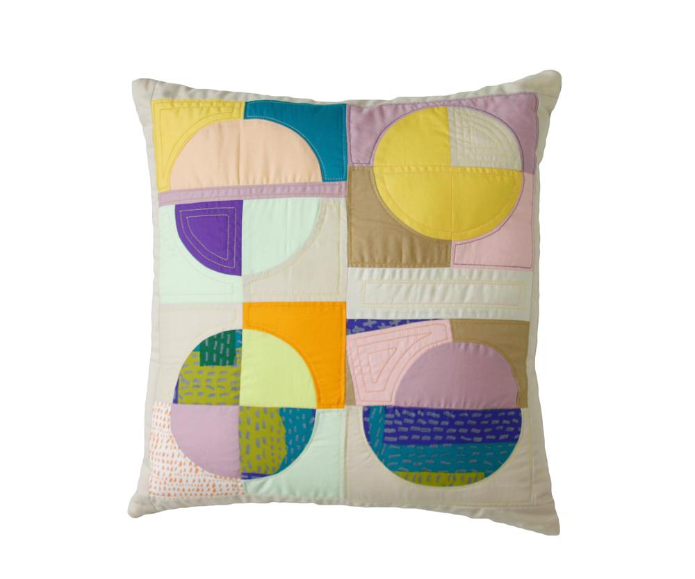 pillowsilhouttewonkycircles.jpg