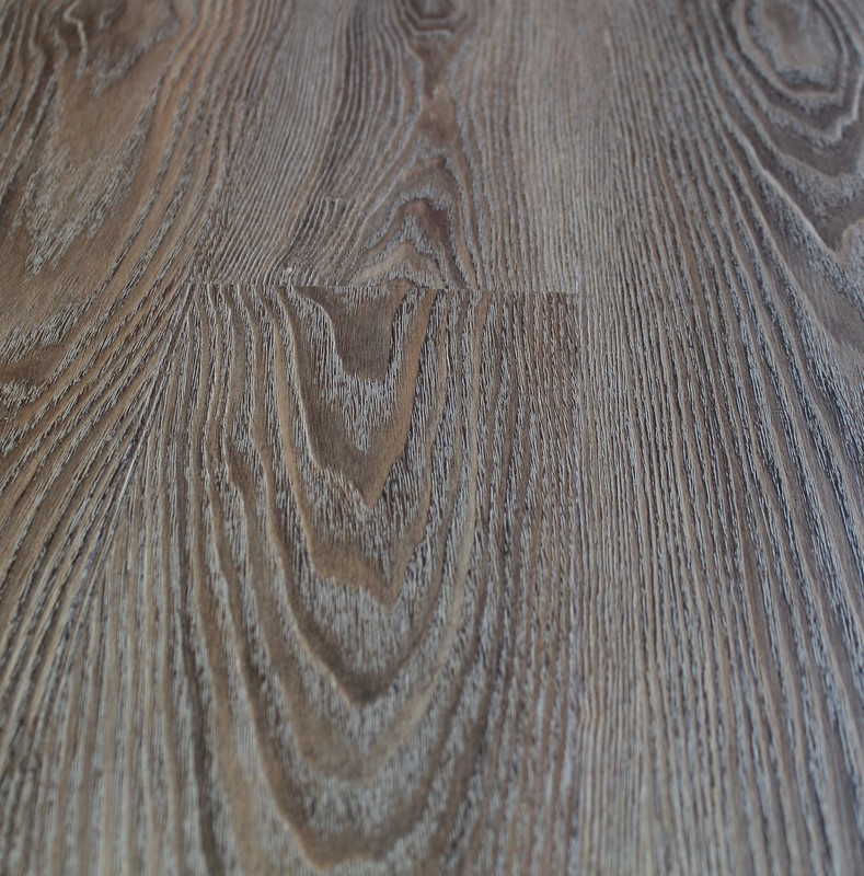 newport-whiskey-barrell-vinyl-plank_orig.jpg