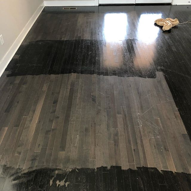 After all these years, you think you've seen it all… Now I think I've seen it all. Previous contractor applied GEL STAIN over top this prefinished, aluminum-oxide Floor. And not only that, but around the furniture that was there. 😞😂🧐 #diy #floors #hardwoods