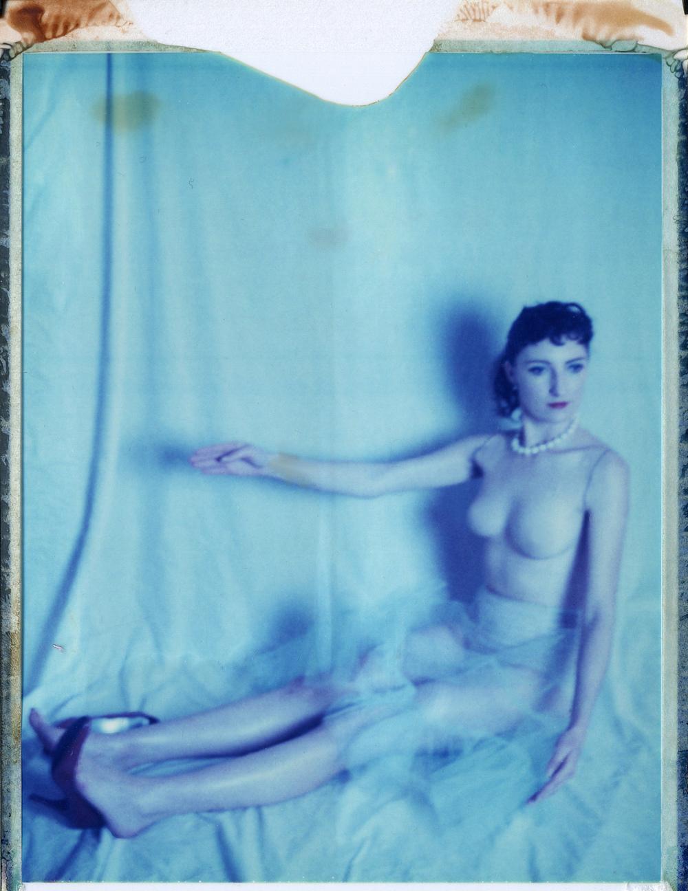 model: Elle Long