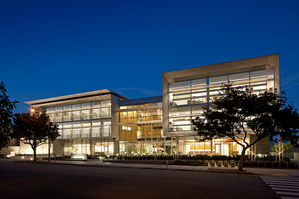 UCLA 16th Street Outpatient Surgery and Oncology Center