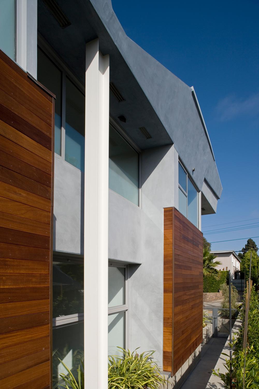639 Pacific Street Condominiums