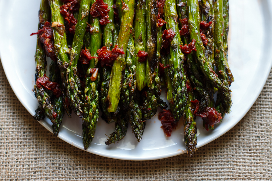 Grilled Asparagus with Sun-Dried Tomato Dressing — Edible ...