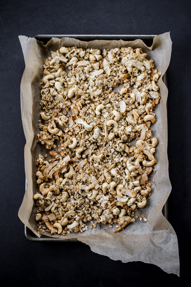 Coconut Cashew Maca Granola {tastes like butterscotch!} | edibleperspective.com