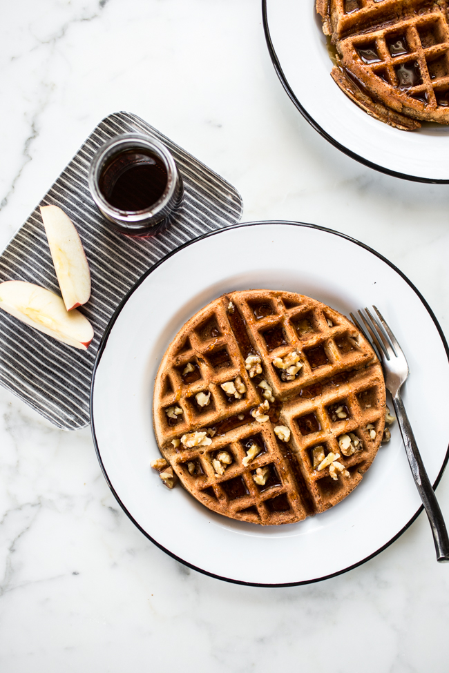 Cinnamon Apple Buckwheat Waffle recipe that's gluten + dairy free! | edibleperspective.com