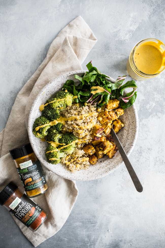 Lemon Garlic Tempeh with Turmeric Hemp Dressing | edibleperspective.com