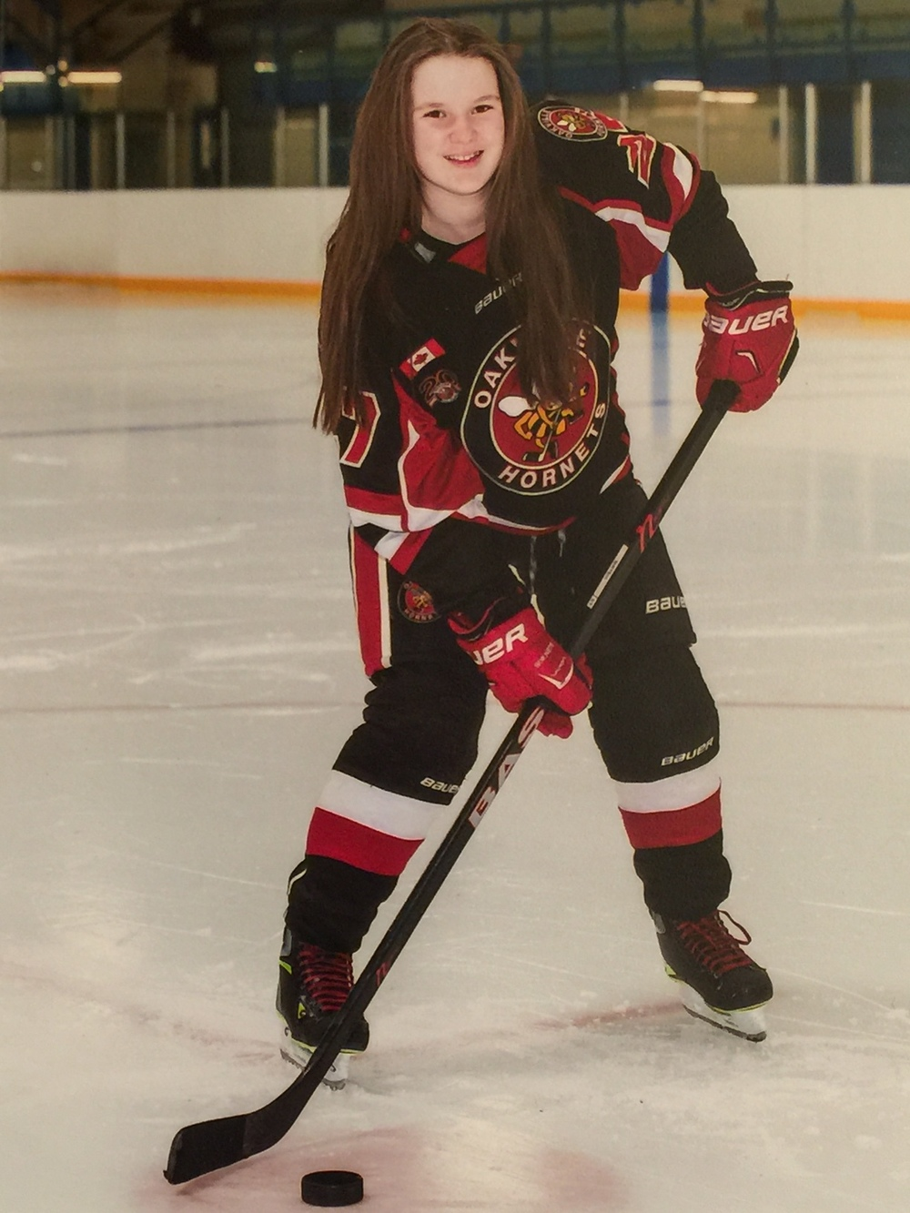 HANNAH BIRTCH  Hometown: Oakville Number: 27 Team: Oakville Hornets Peewee AA Position: Defense Shoots: Right Favorite Pre-Game Meal: Smoothie Favorite Hockey Player: Curtis Lazar   Northern Freeze Cups: 2