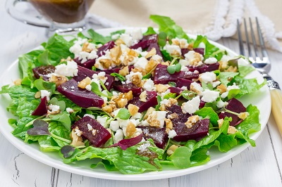 Beet Salad w. goat cheese & walnuts