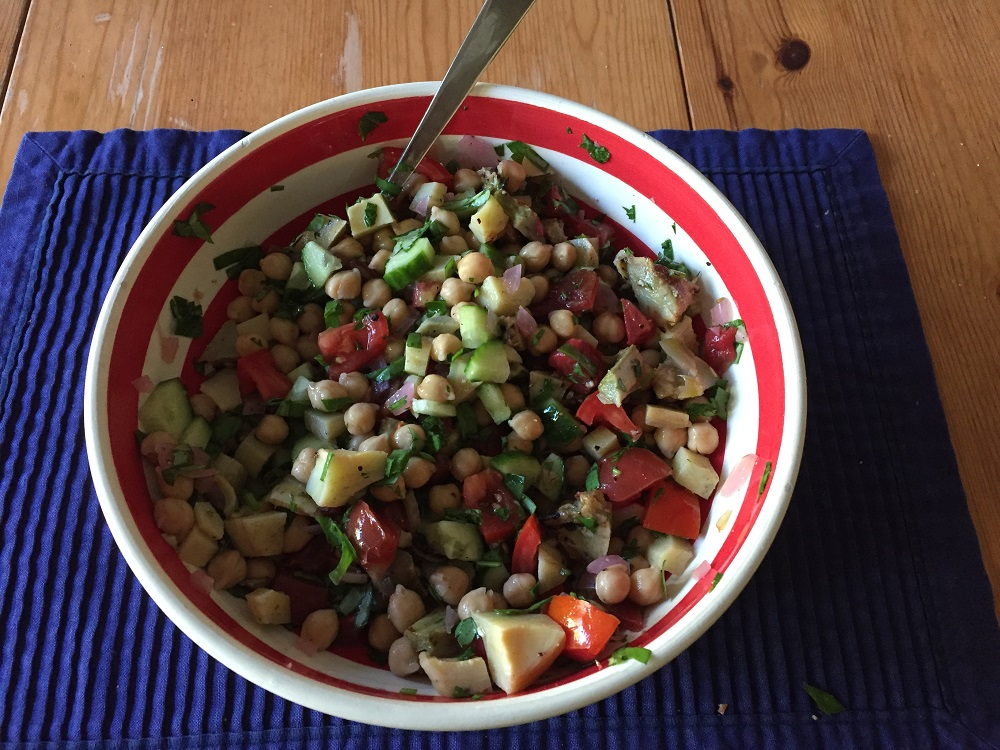 Chickpea Salad w. Tomatoes & Artichoke Hearts
