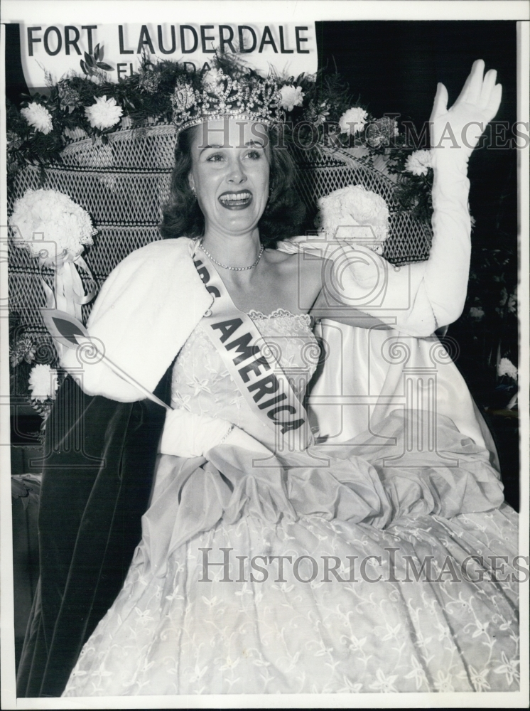 Mrs. Ohio America 1958 & Mrs. America 1958
