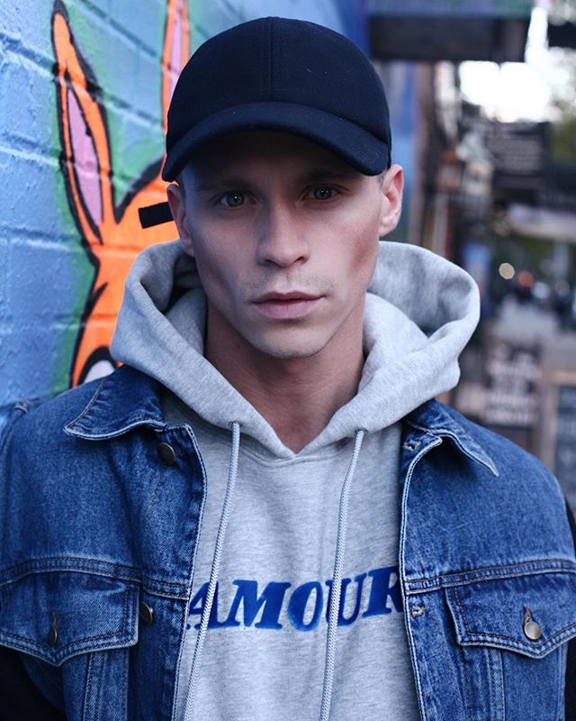 New post up on the site 🙋🏼‍♂️ I tell you my #1 Travel Tip and I'm sporting some denim on denim vibes 🦕 • Click for tags • (LINK BIO) #sandro #mcq #allsaints #nikefreerun 📸 @theedgyhippiechild