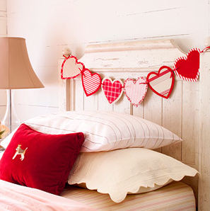 Valentine's Day Heart Garland | Sarah Barksdale Design