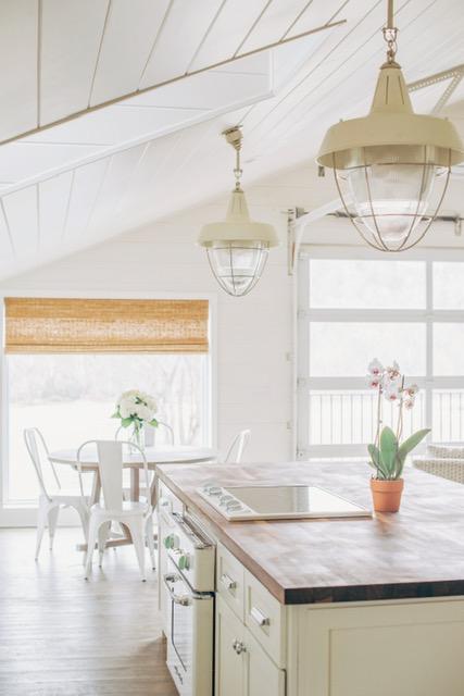Cabinets: BM White Dove | Walls: BM Simply White | Sarah Catherine Design