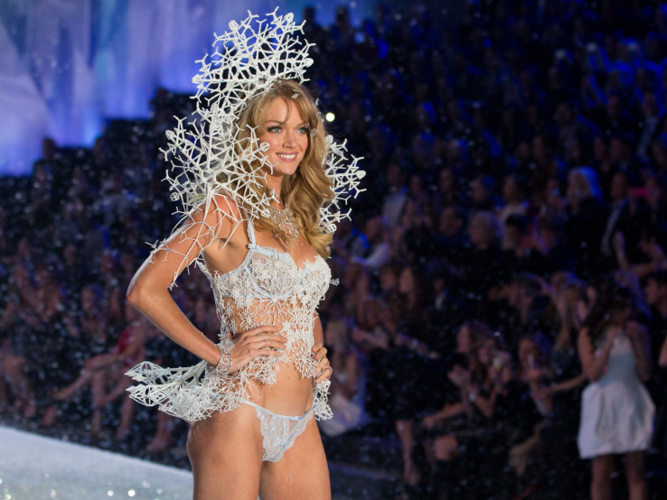 this-outfit-from-the-victorias-secret-fashion-show-is-3d-printed