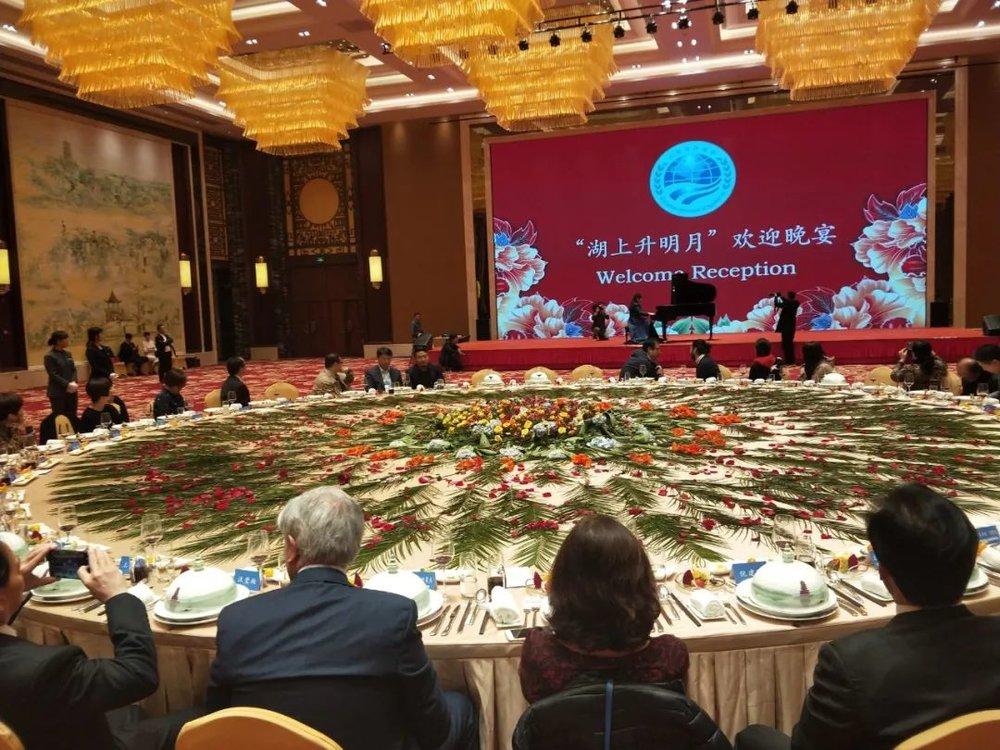 11月19日|北京施坦威之家  作为施坦威全球艺术家,佳鑫受施坦威之家的邀请,为本次稀世珍藏钢琴展举办了一个分享与小型演奏会,和老师们一起分享了施坦威对教学对学习的重要性。