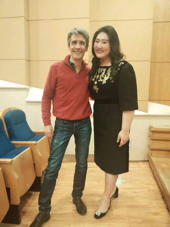佳鑫与新欧洲室内乐团小提琴首席