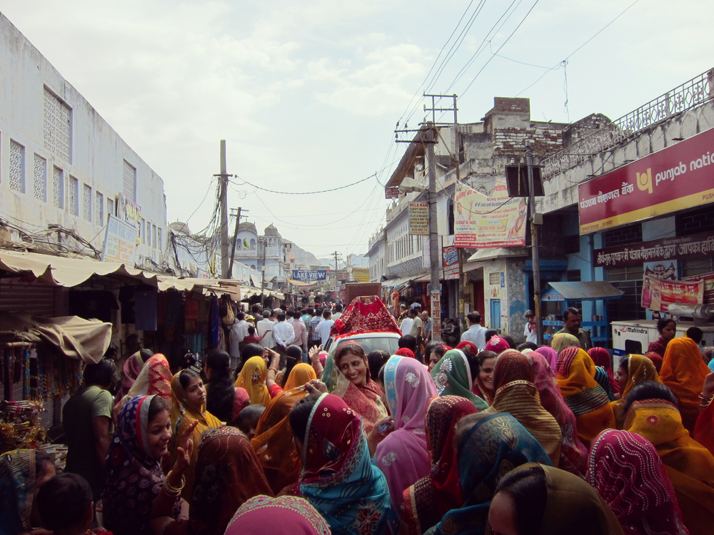 Sea of Saris - Pushkar, India