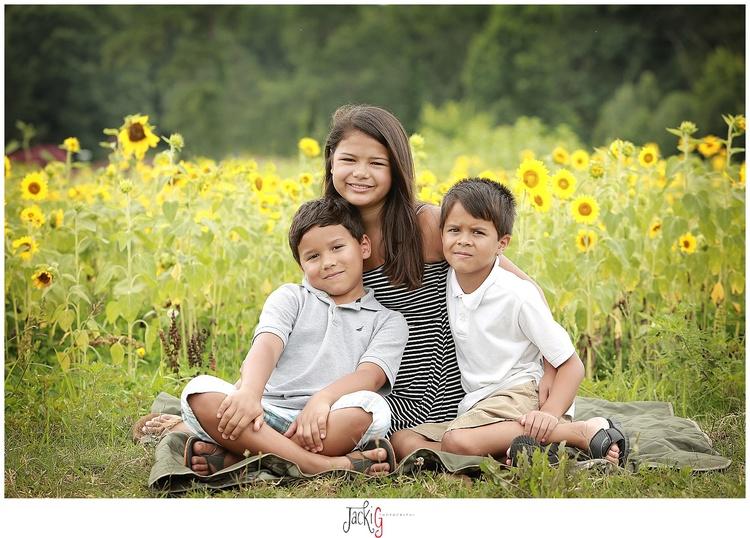 Family child photographer sunflower field jacki g photography richmond va photographer