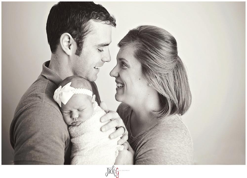 #familyphotography #newborn #newbornphotography #jackigphotography