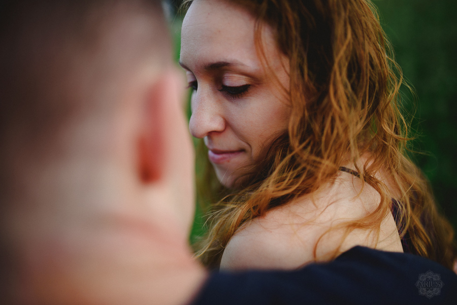 Engagement Session in NY- outdoors, natural, candid.
