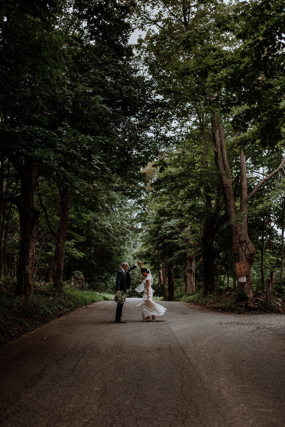 Red Maple Vineyard Wedding road pictures
