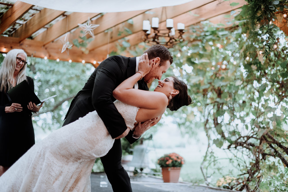 Rainy day Red Maple Vineyard Wedding - Hudson Valley