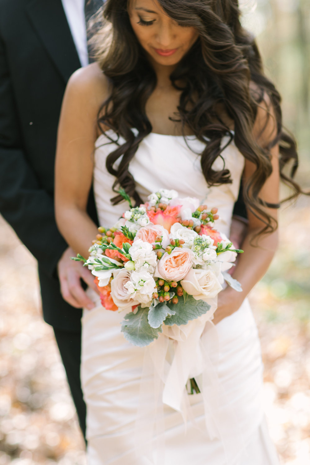 Coral Roses on Campus, Inn at Carnall Hall, Jennifer Young Photography, Bouquet