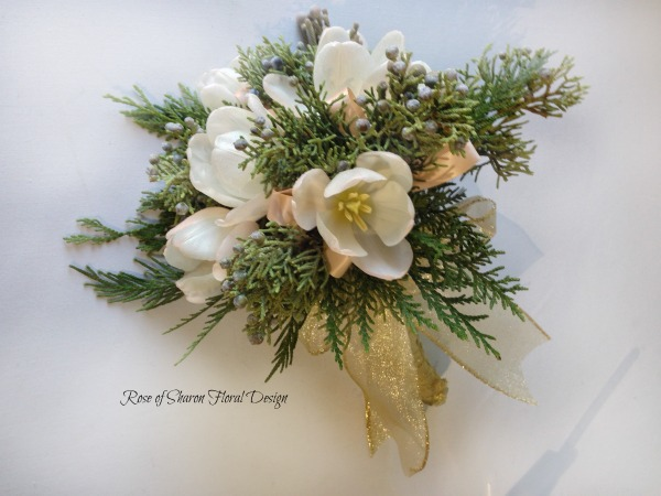 Tulip & Evergreen Posy. Rose of Sharon Floral Designs
