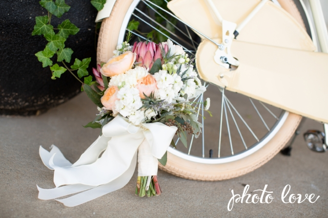 Bouquet & bicycle.