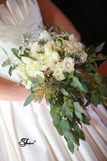 Natural cascading bouquet, Steven Thetford Photography