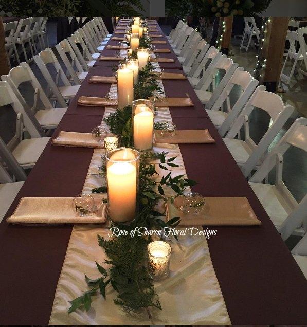 Christmasmas table garland.jpg