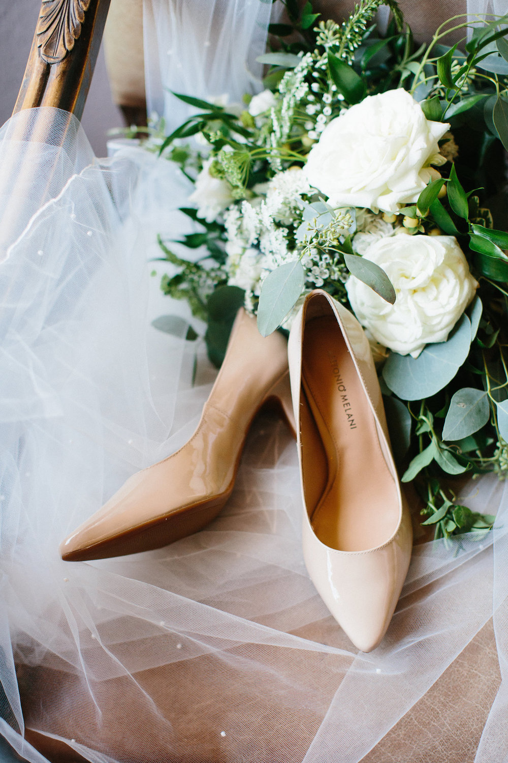 04. Wedding Shoes. Garden Rose Bouquet. Erin WIlson Photography. Rose of Sharon Floral Designs..jpg