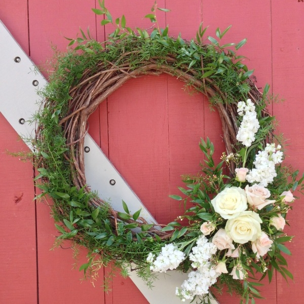 White grapevine wreath