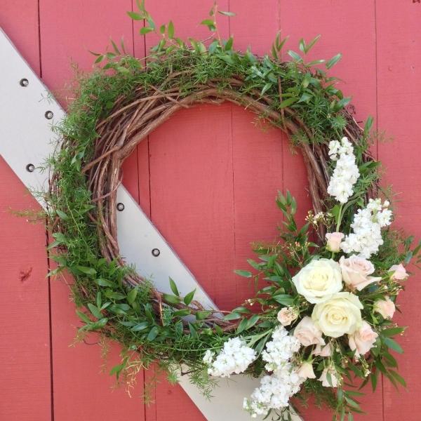 White grapevine wreath