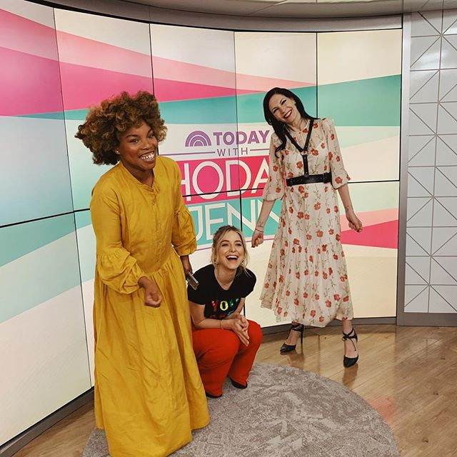 """Hi!! Did you happen to watch TODAY with @hodaandjenna this am? Loved having a """"momversation"""" with @jillkargman and @jennymollen who both happen to be authors (and a host of other amazing things!) and parents. And yes, I don't know what's happening to my life either? p.s  watching @lizzobeeating perform right after may have changed my life. #WOCTheBook"""