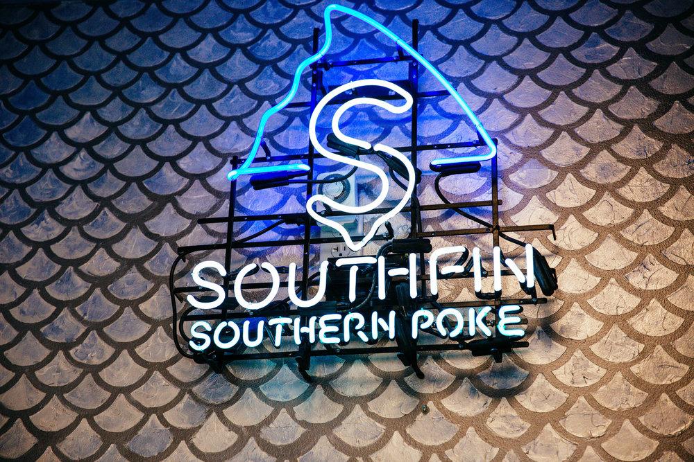 southfinpoke4.jpg