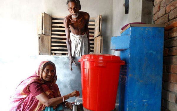 OHorizons BioSand Filter in a Bangladeshi Family's Home