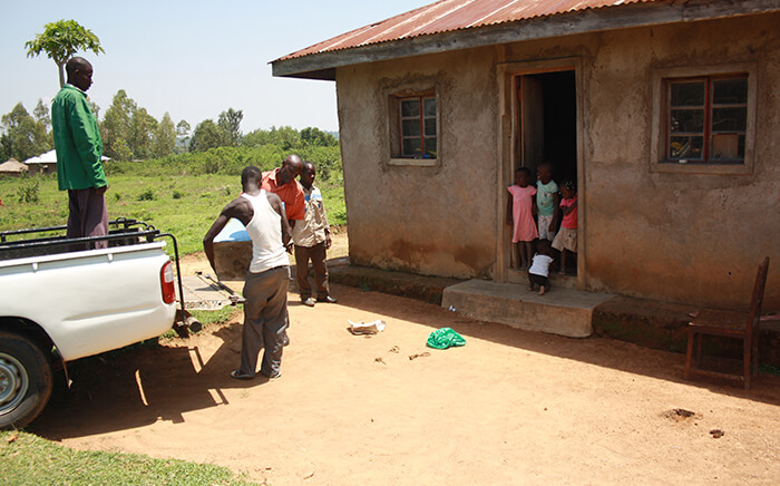 Our pilot project with the Amua Africa Project in Kenya added BioSand Filters into the homes of 100 families in 2016.