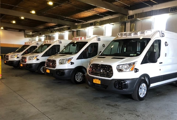 2018-senior-care-hendrickson-transit-lineup.jpg